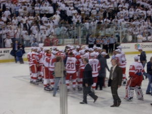 Wings wait for the cup
