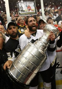 88035039KC120_Stanley_Cup_F